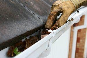 Gutter Cleaning Costs Average Price To Clean Gutters