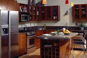 Average cost staining kitchen cabinets for Cost to refinish cabinets