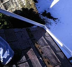 roof2b.jpg (15146 bytes)